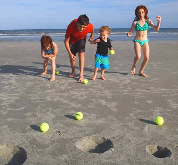 Beach Bowling- Beach Games for the Whole Family